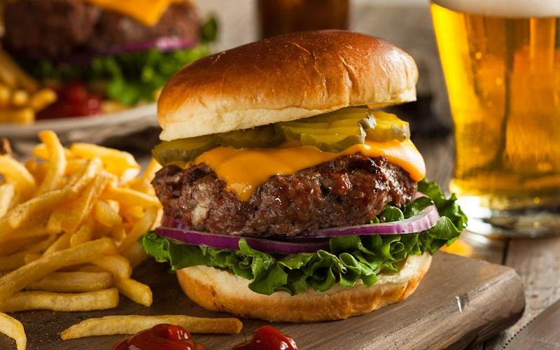Bloomington-Normal Restaurant Discount Card - Enjoy local restaurant favorites at 70% OFF!