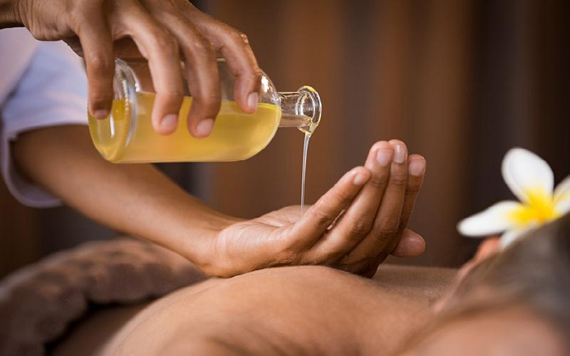 Total Health Chiropractic & Acupuncture Clinic - $90 1 Hour CBD Oil Infused Massage for $45