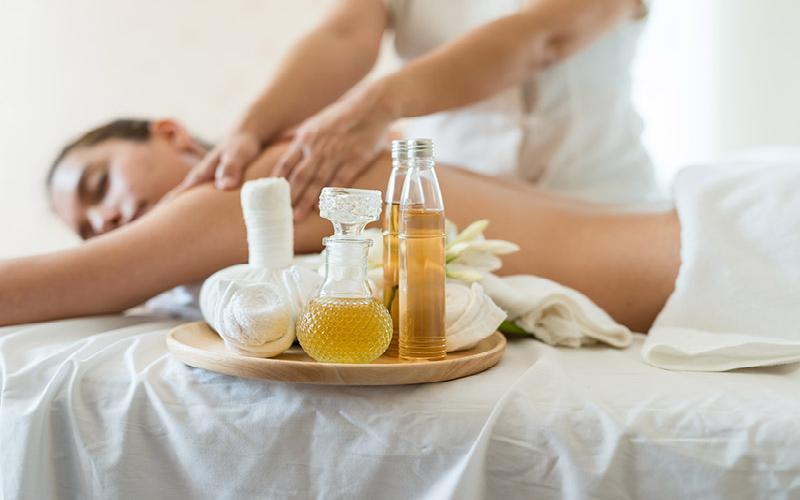 Total Health Chiropractic & Acupuncture Clinic - $80 1 Hour Aromatherapy Massage for $40
