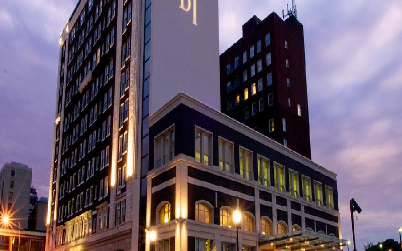 Hotel Blackhawk - Hotel Blackhawk Davenport Overnight Stay $300 Value for $150 (Standard Room)