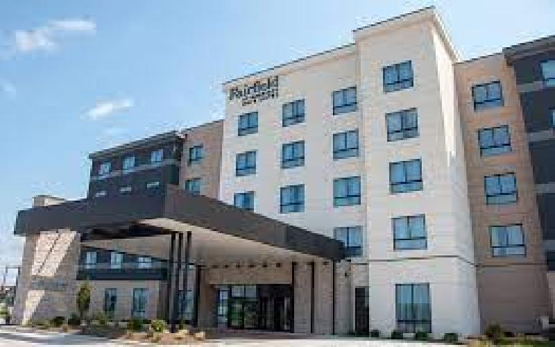 Fairfield Inn & Suites - Overnight stay-Standard Room-including breakfast at Fairfield Inn-Davenport