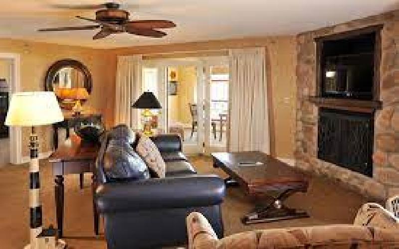Stoney Creek-Moline - Stoney Creek-Moline Overnight Stay in Premiere Suite! 50% off