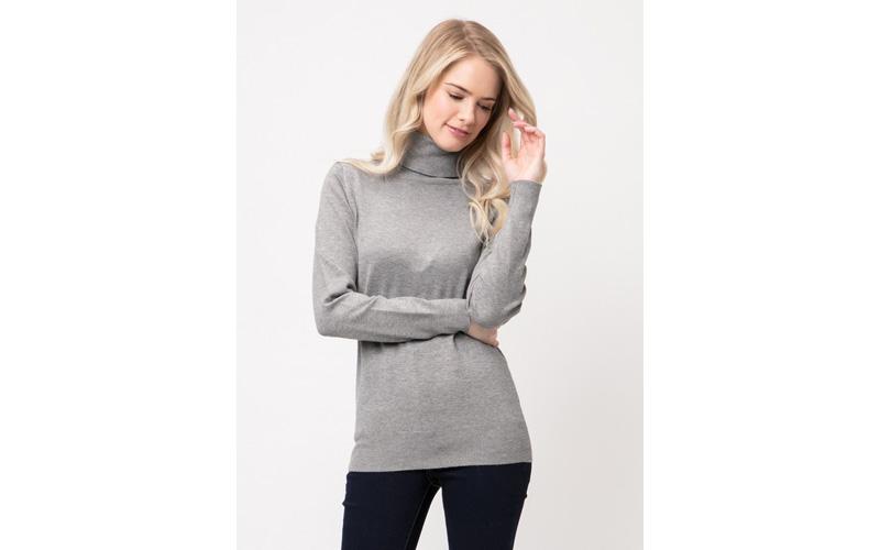Four Seasons - Turtleneck Soft Sweater